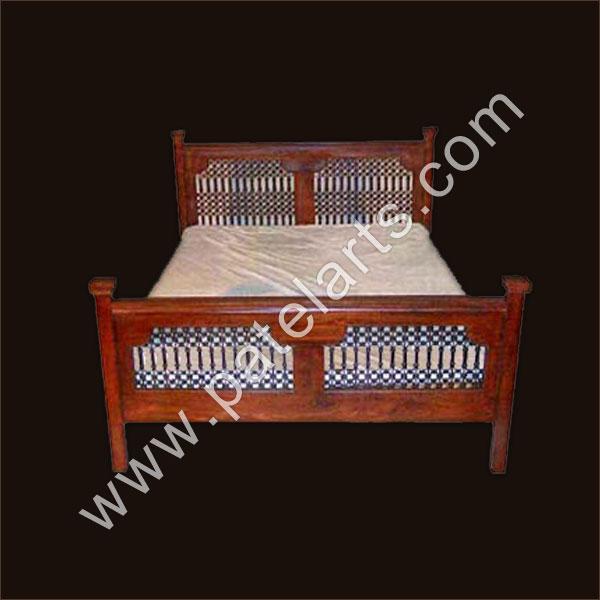 Traditional Furniture Manufacturers: Designer Wooden Beds, Designer Bedroom Furniture, Wooden
